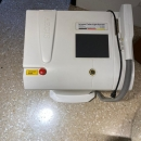 Equipo Estético Laser Multi funcional para la piel.